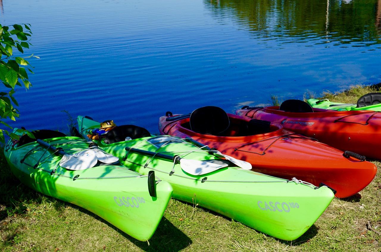 Divers kayaks